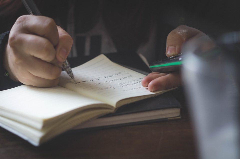 Scrivere per pensare meglio, tra pratica ed emozioni
